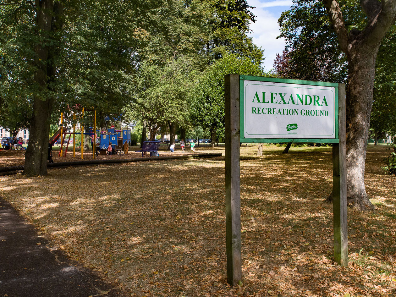 Penge-visit-Alexandra-Recreation-Ground